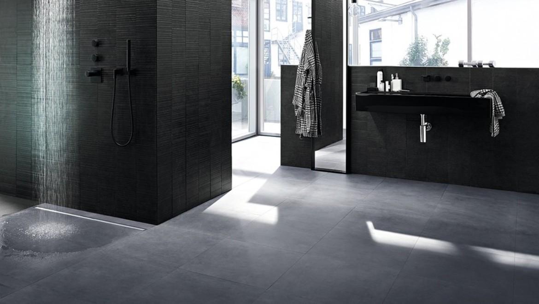Badezimmer mit Geberit Duschrinne CleanLine